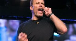 2 Laws Every Business Speaker MUST learn from Gary V. & Tony Robbins